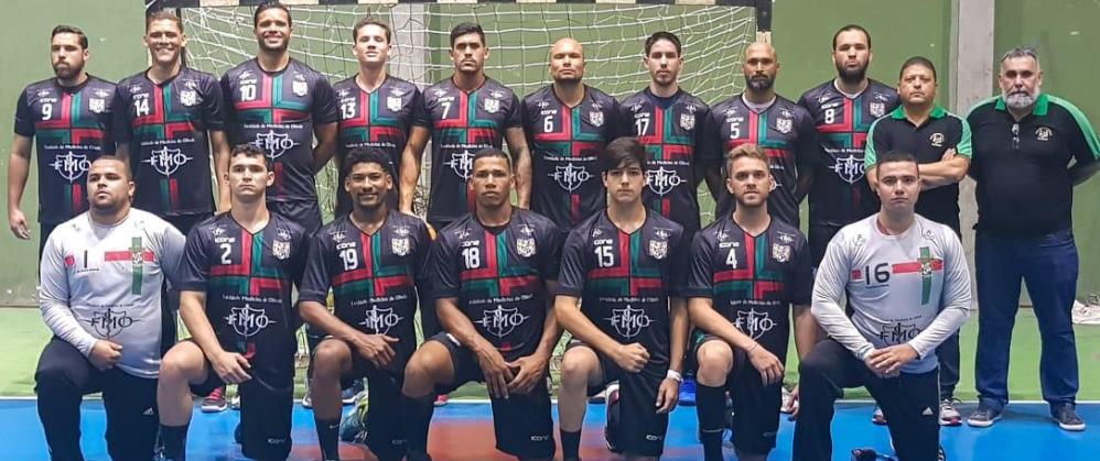 Português/Aeso vence Sport e se classifica na Liga Nacional
